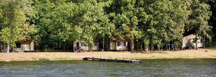 Stuarts-cabins-1